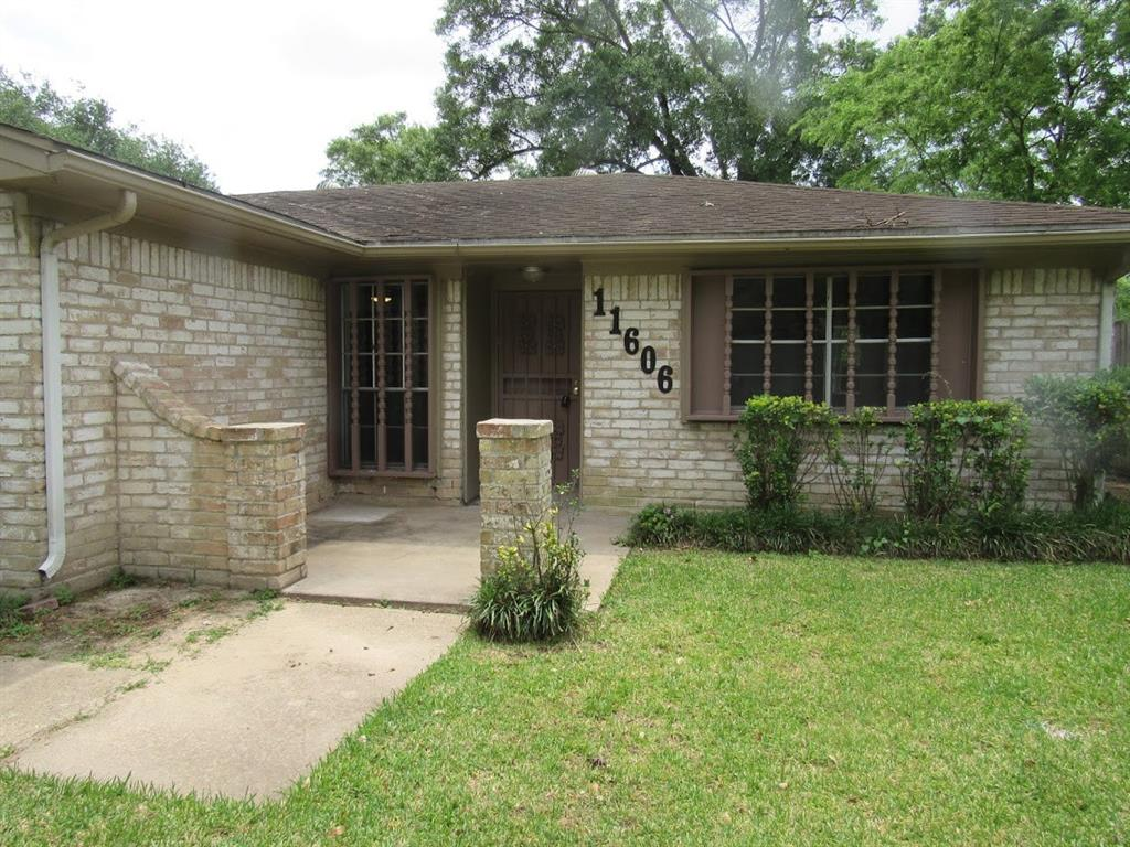 11606 Wood Shadows Drive, Houston, TX 77013