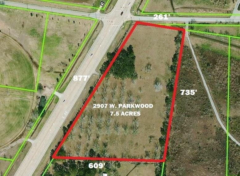2907 W Parkwood Avenue, Friendswood, TX 77546