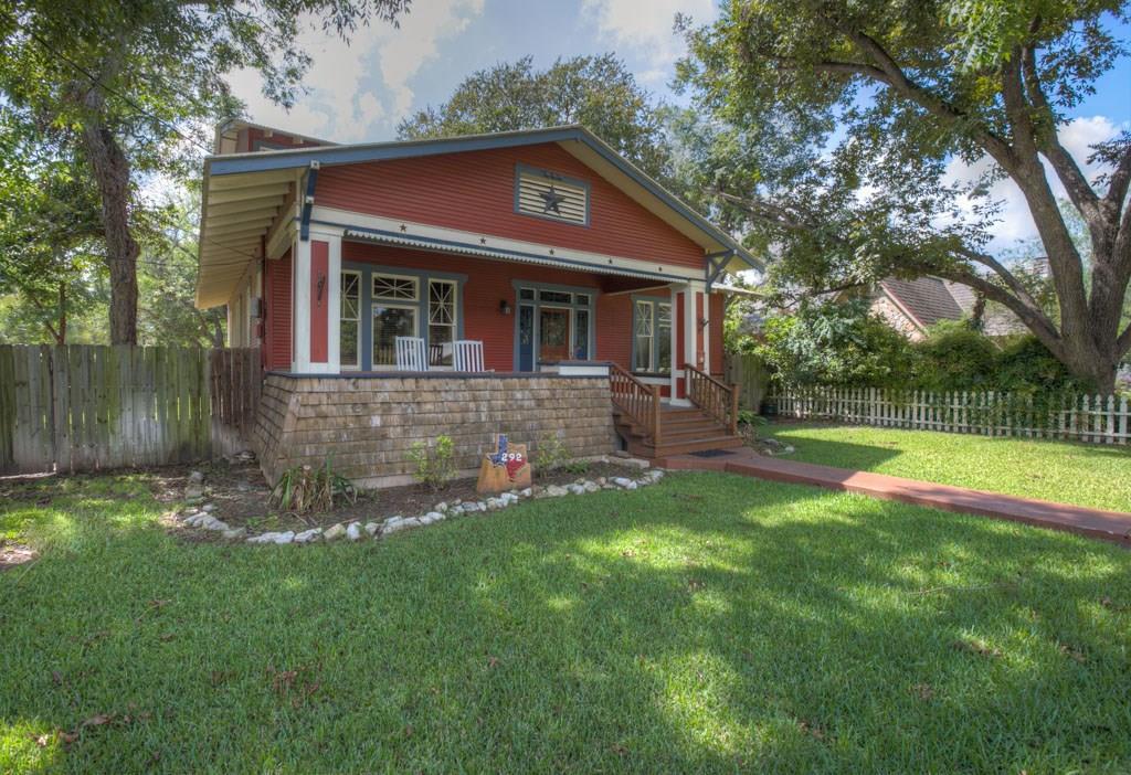 292 S Gilbert Avenue, New Braunfels, TX 78130