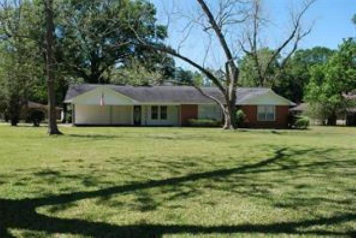 160 Neel Avenue, Lumberton, TX 77657