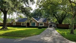 8822 bonhomme road, houston, TX 77074