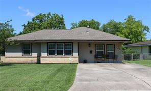 305 Meadow, Hitchcock, TX, 77563