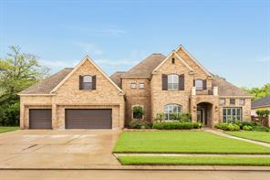 312 Arrowhead Drive, Lake Jackson, TX 77566