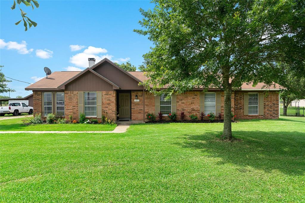 5455 Fm 1952 Road, Wallis, TX 77485