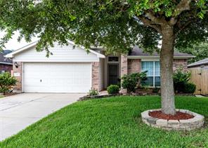 5423 Chasewood Drive, Bacliff, TX 77518
