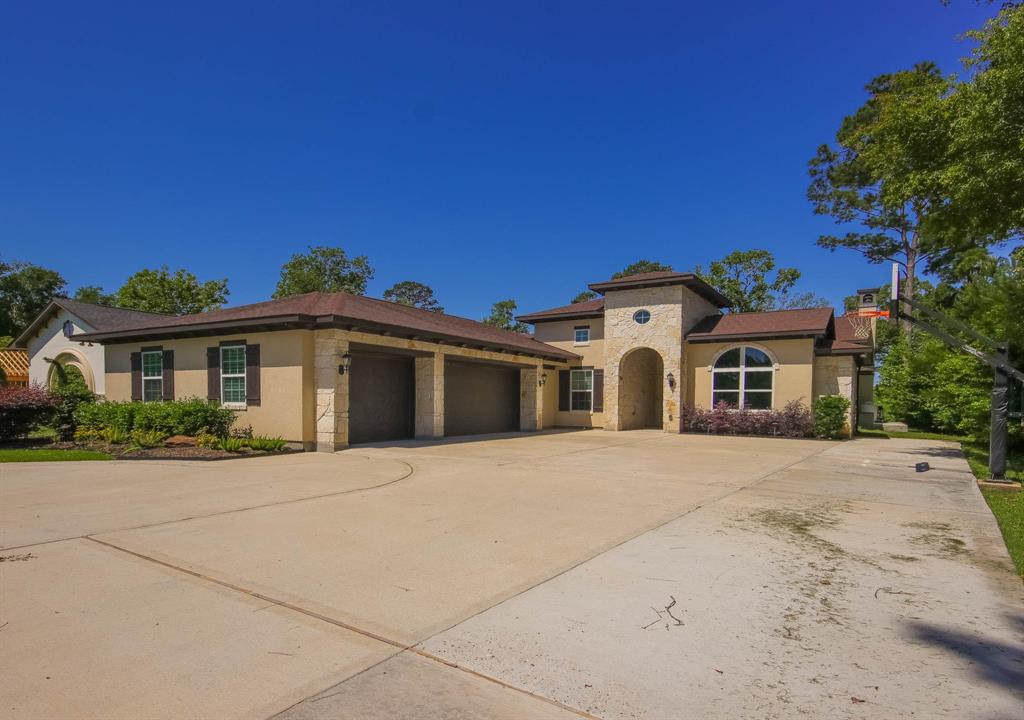 28431 Mendecino Glen Lane, Houston, TX 77336