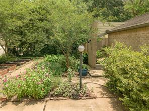 5 Pine Creek Lane, Houston, TX 77055