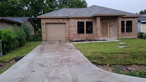 424 De Haven, Houston TX 77029