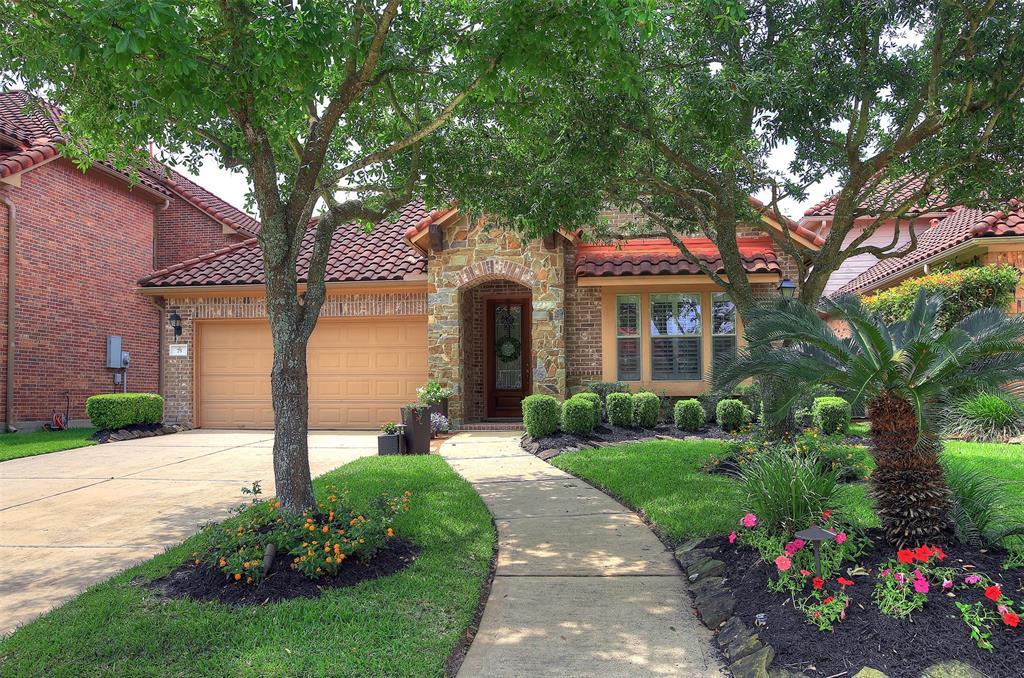 75 Cherry Hills Drive, Jersey Village, TX 77064