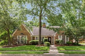 4202 Island Hills Drive, Houston, TX 77059