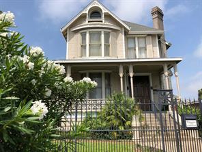 1919 37th Street, Galveston, TX 77550
