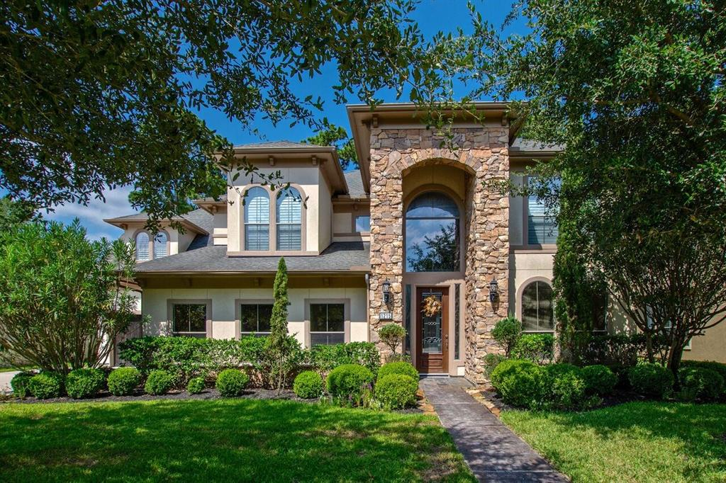 1215 Eversham Way, Kingwood, TX 77339