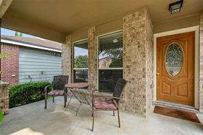 1611 Wooded Acres, Humble TX 77396