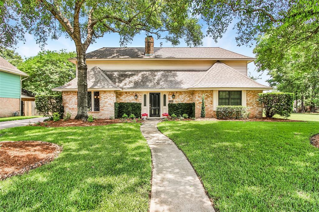 15306 Chichester Lane, Jersey Village, TX 77040