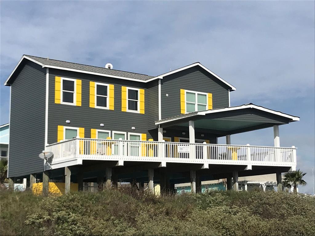 1322 Emerald Drive, Crystal Beach, TX 77650