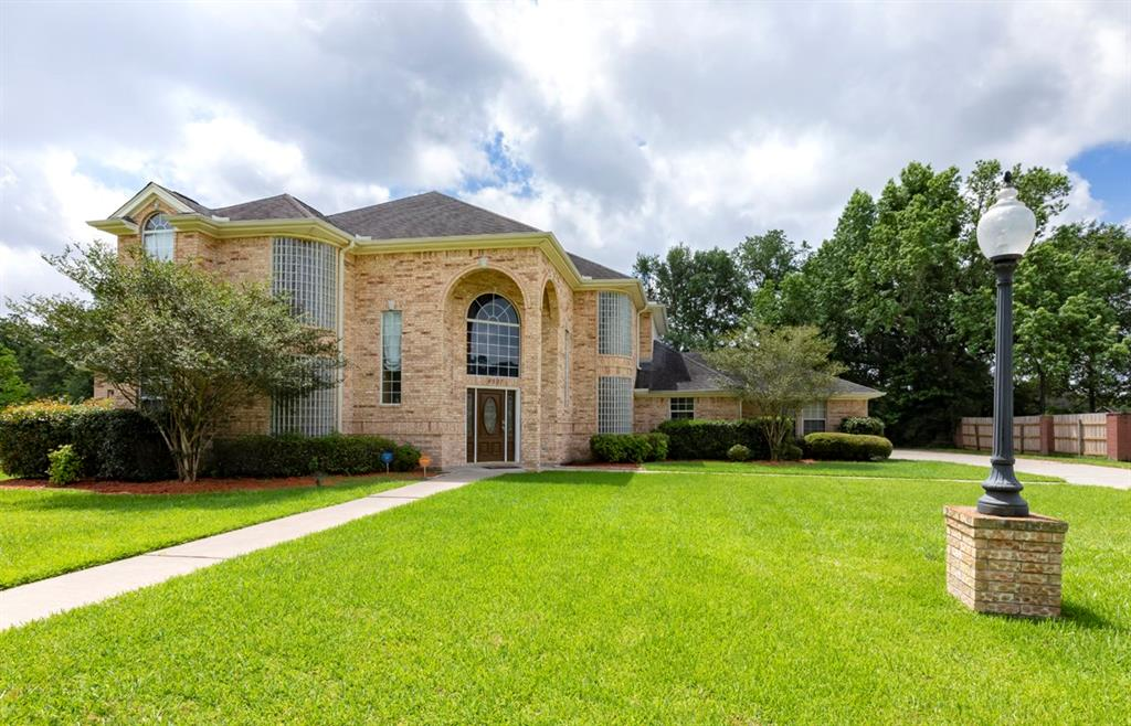 4907 Bentwood Drive, Orange, TX 77630