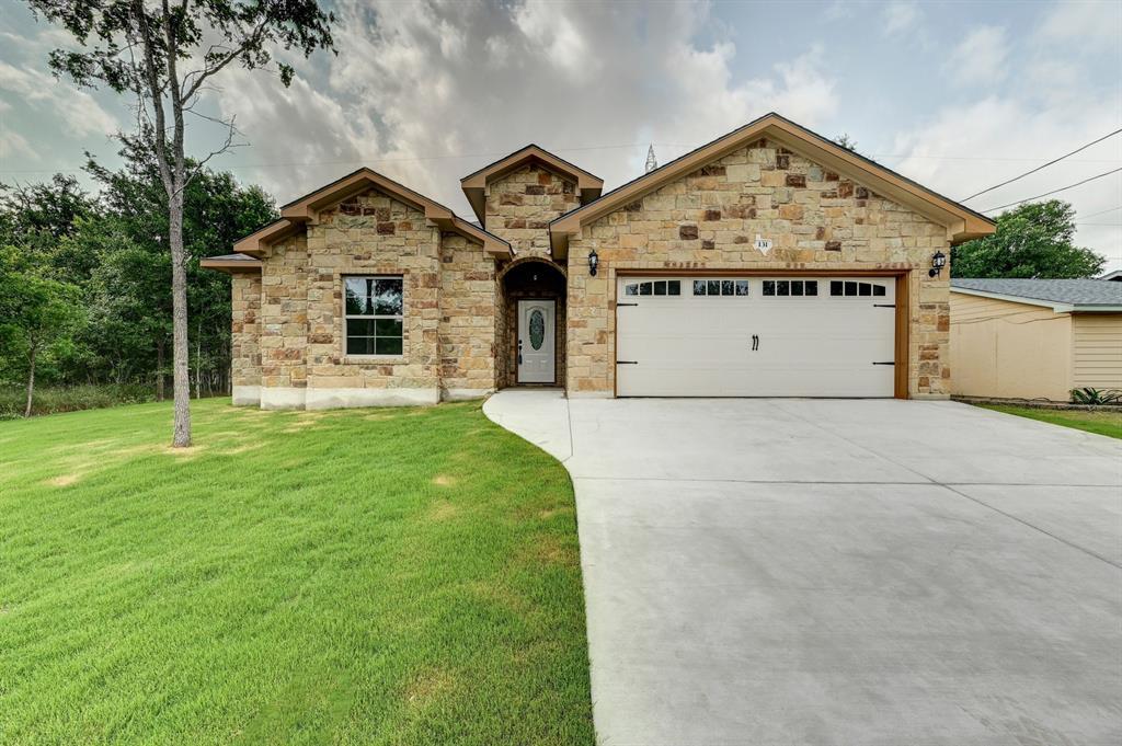 131 E Maunalua Drive, Bastrop, TX 78602