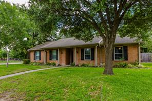 1718 Springwell, Houston TX 77043