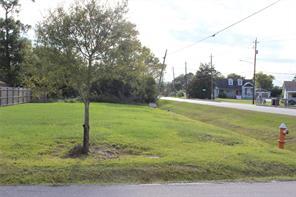 702 Blackwell, La Porte, TX, 77571