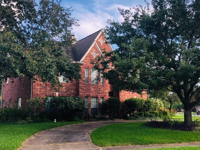 413 Serenity Drive, Dickinson, TX 77539