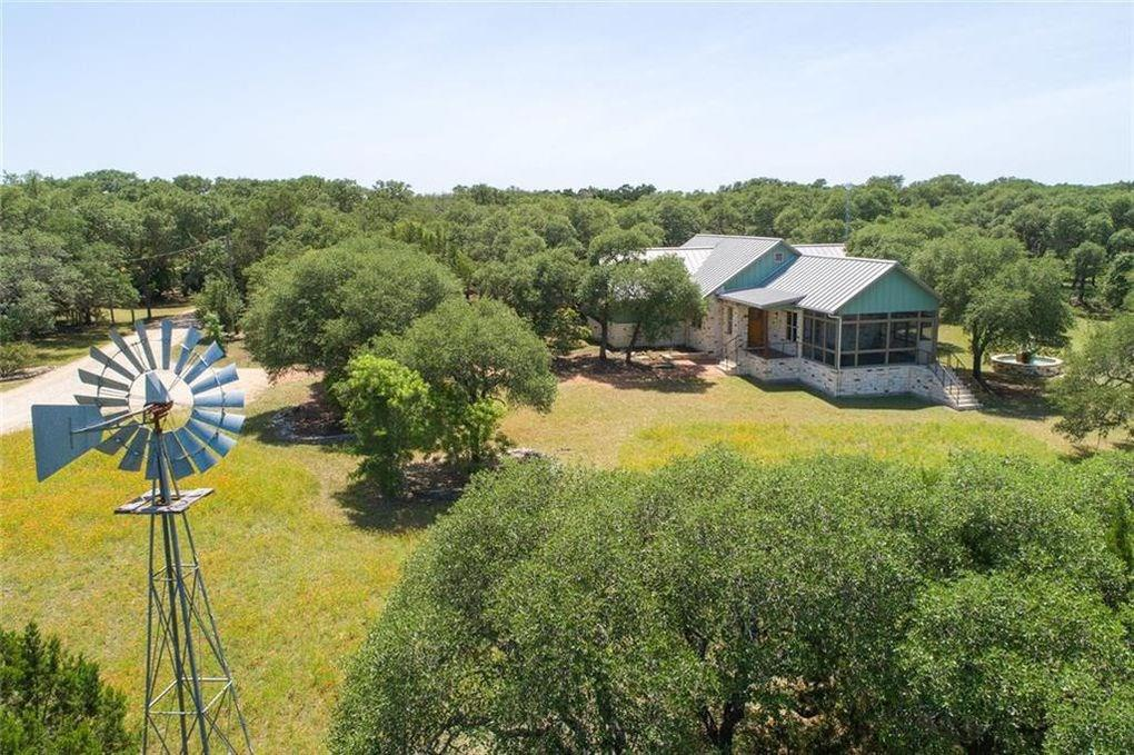 200 Highland Road, Wimberley, TX 78676