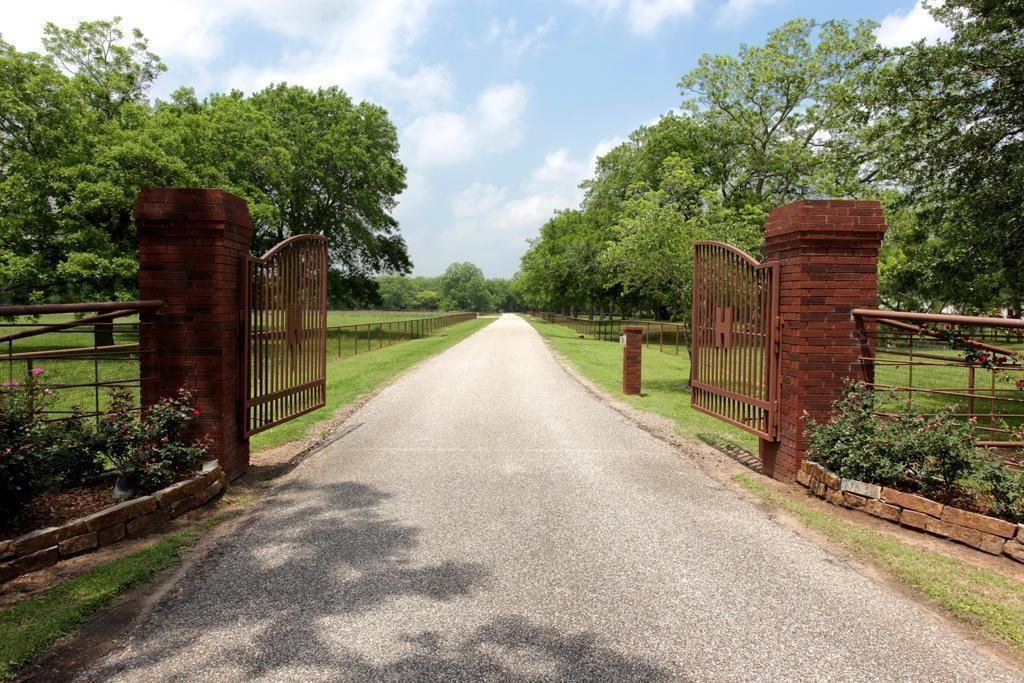 4101 Bobwhite Drive, Richmond, TX 77406