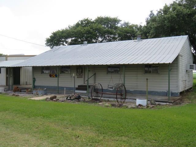 1005 Fm 1160 Road, Louise, TX 77455