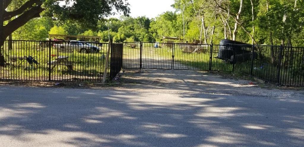 5327 S Acres Drive, Houston, TX 77048