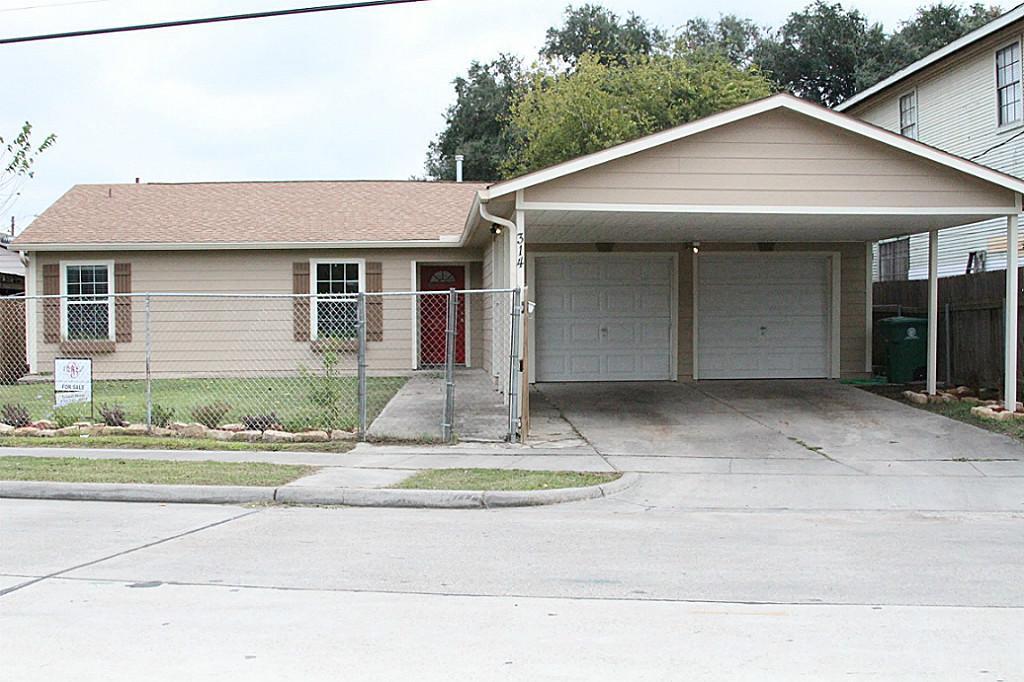 314 N Eastwood Street, Houston, TX 77011
