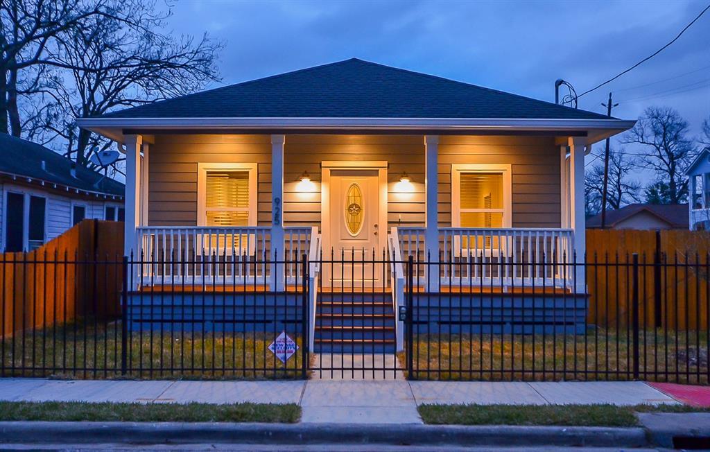 925 E 32nd Street, Houston, TX 77022