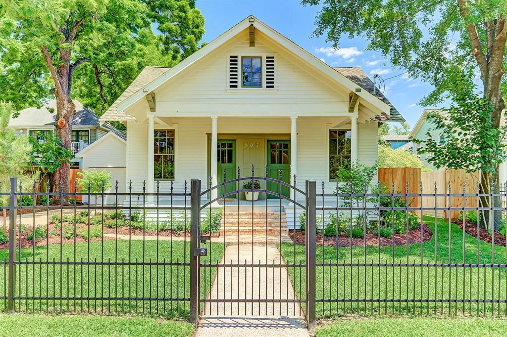 807 Woodland Street, Houston, TX 77009