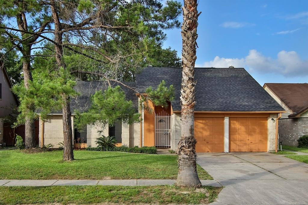 11922 Guadalupe River Drive, Houston, TX 77067