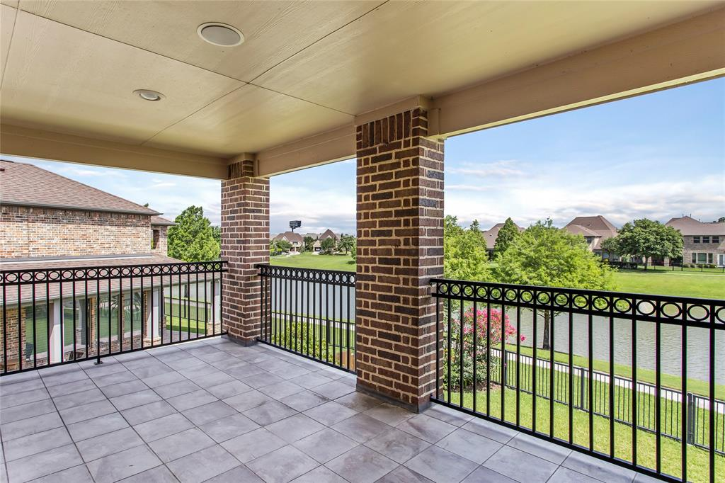 Very peaceful gated neighborhood located in Energy Corridor! 1 minute to hwy 6 and 5 minutes to IH10. Excellent schools, Bush Elementary, West Briar Middle. Minutes to grocery stores, shopping plazas and restaurants. Gorgeous 2-story plan with balcony and backyard facing a beautiful lake view! Large luxury open concept island kitchen, elegant backsplash and cabinets. Spacious living room and study room with high ceiling! Cozy Master-bedroom with walk-in closets, hot & spa tub, and walk-in shower, huge space! Abundant windows and storages! No rear neighbor! NO FLOODING per seller! A Must-See!