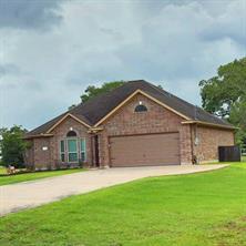 300 Green Pasture Court, Angleton, TX, 77515