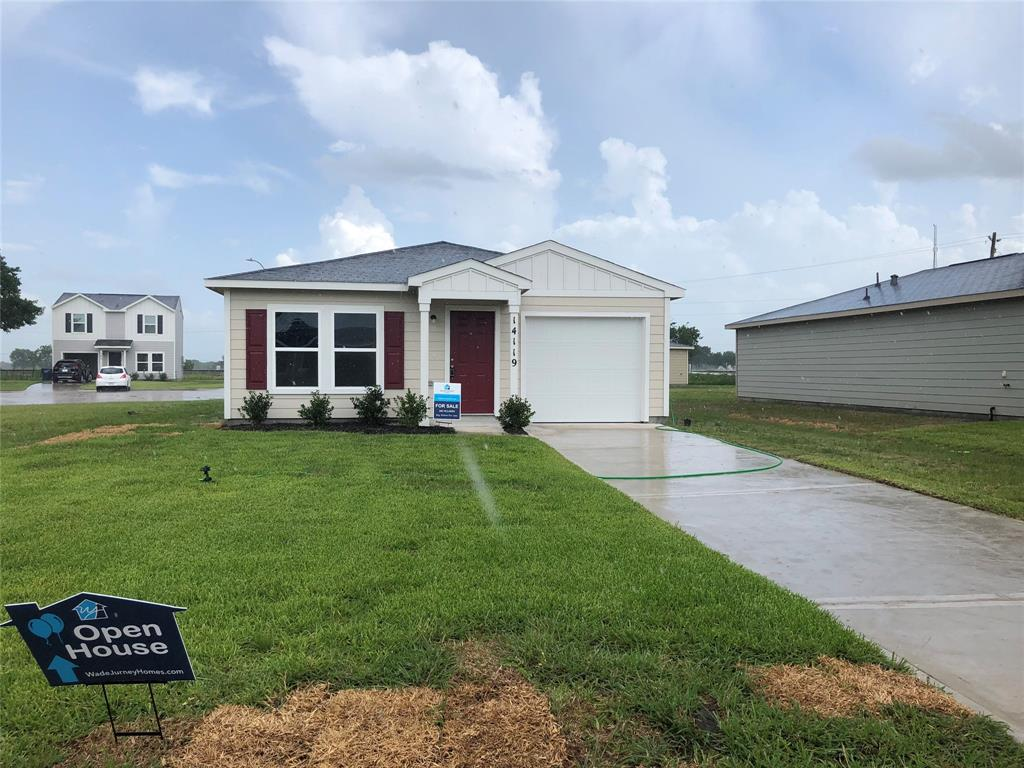 Completion date is September 2019. 1001-A NEW single-story garage home! The home features an open great room and kitchen. Additionally, there is an owner's suite with private bath, 2 more bedrooms and another full bath. Haggle free pricing. No negotiation necessary. Lowest price guaranteed.