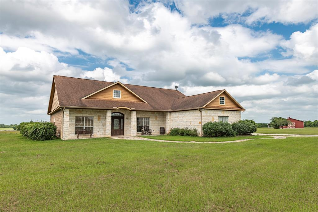 10430 Pless Road, Cat Spring, TX 78933