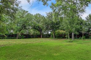1705 huge oaks street, houston, TX 77055
