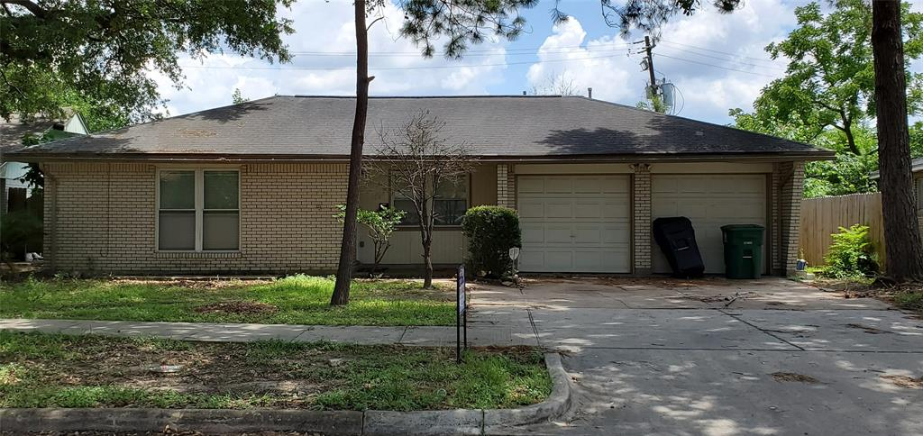 938 Shawnee Street, Houston, TX 77034
