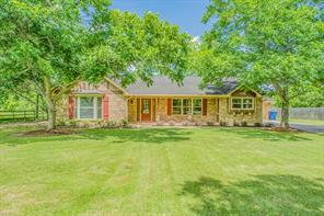 108 Country Road, Angleton, TX, 77515