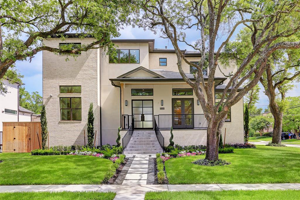 4951 Valkeith Drive, Houston, TX 77096