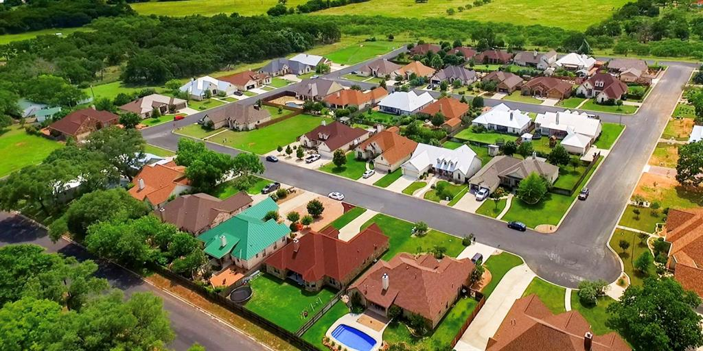 1210 Nicole Lane, Fredericksburg, TX 78624