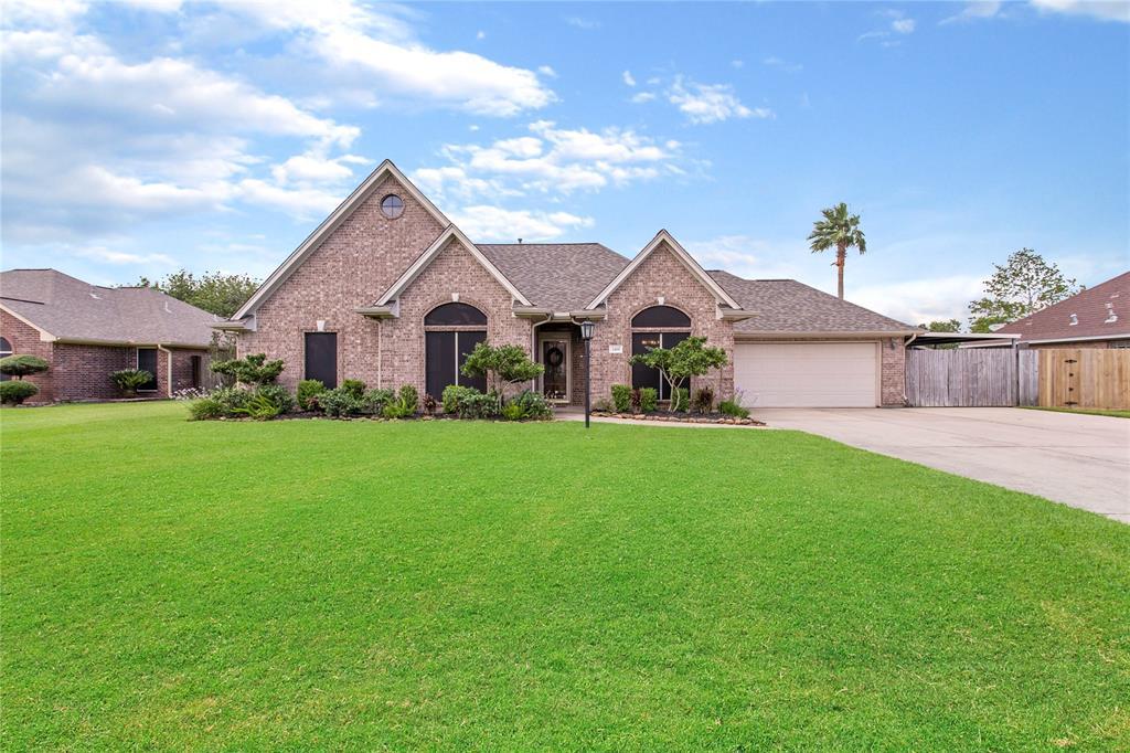 2419 Orange Blossom Lane, Highlands, TX 77562