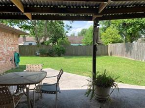 11503 Creekhurst Drive, Houston, TX 77099