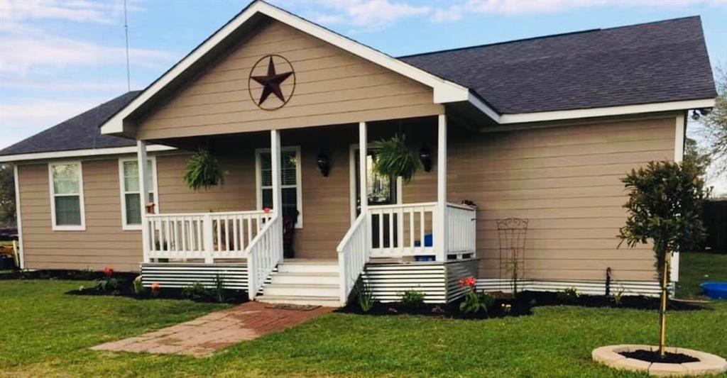 232 County Road 378, Hallettsville, TX 77964