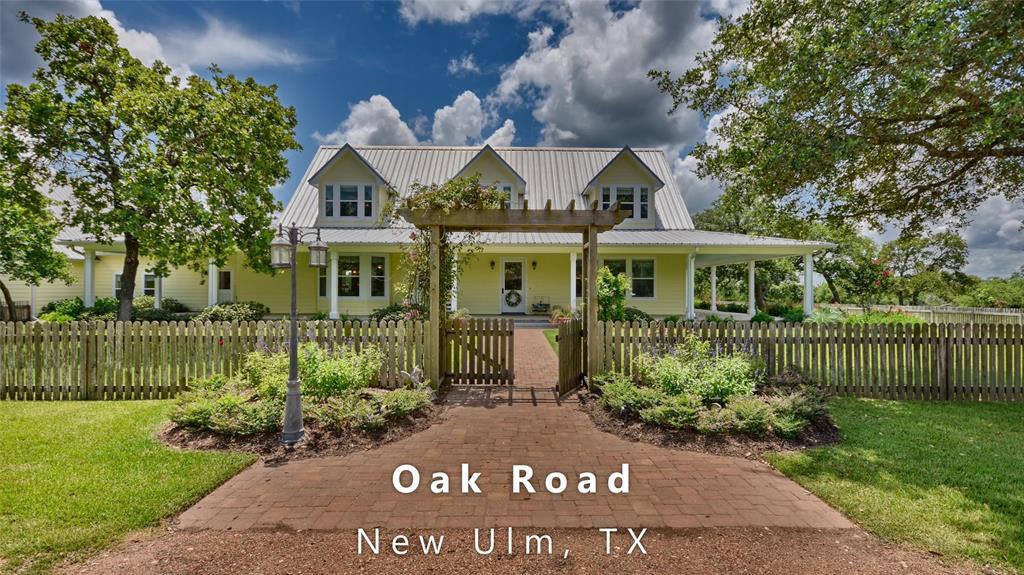 22987 Oak Road, New Ulm, TX 78950