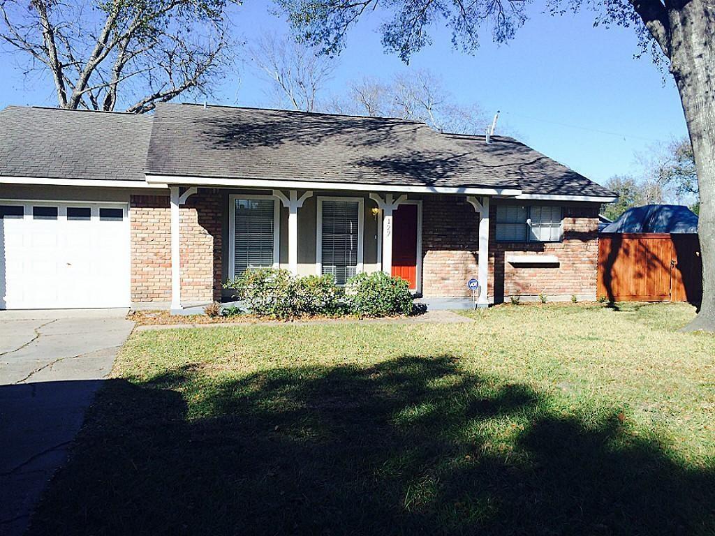 127 Gruss Drive, Houston, TX 77060