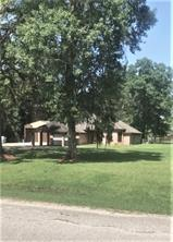 121 County Road 611a, Angleton, TX 77515