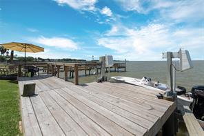 2738 Bay Oaks Harbor