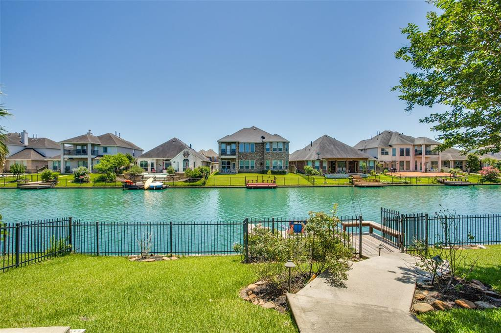Astonishing Waterfront Homes For Sale In Cypress Tx Mason Luxury Homes Interior Design Ideas Gresisoteloinfo