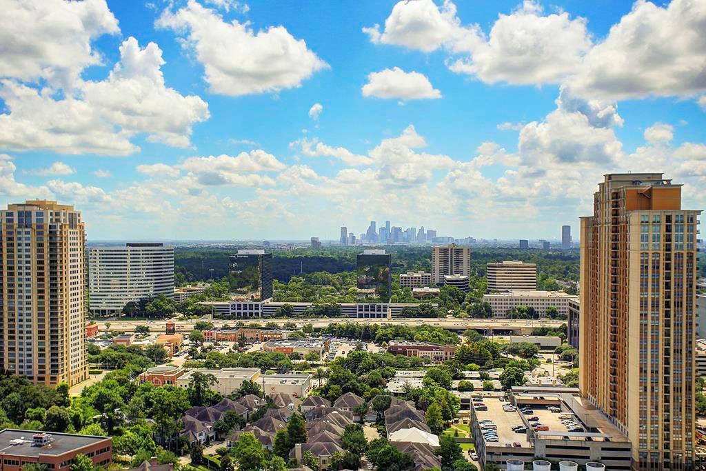 1275 S Post Oak Lane 2402, Houston, TX 77056